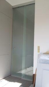 szklane drzwi przesuwane