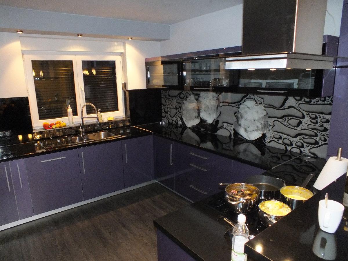 szklane elementy w kuchni