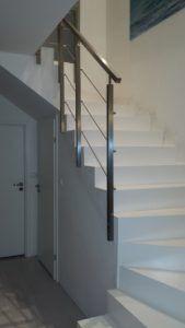 metalowa balustrada schodowa z poręczą