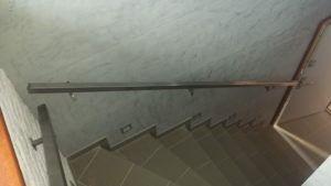 metalowa poręcz