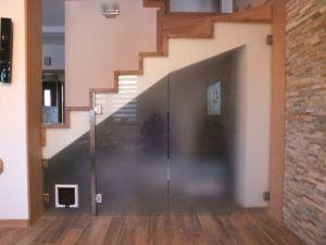szklane drzwi